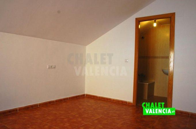 38445-9996-chalet-valencia