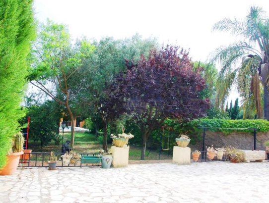 Bonito chalet con jardín Santa Rosa