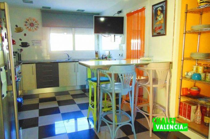 38833-cocina-chiva-chalet-valencia