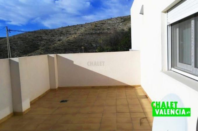 38833-terraza-2-chiva-chalet-valencia