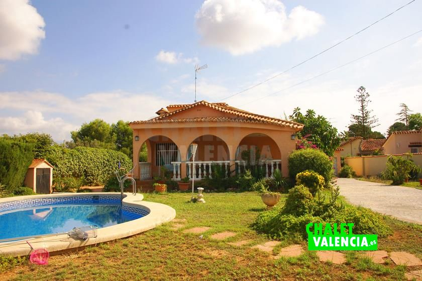 39068-0654-chalet-valencia