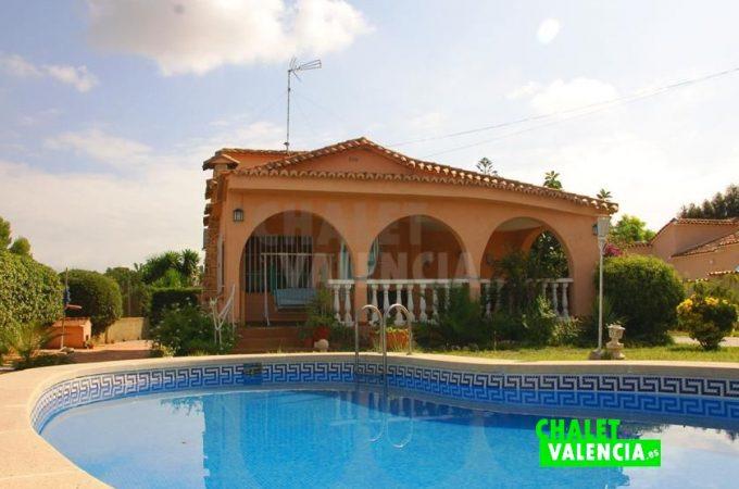 39068-0657-chalet-valencia
