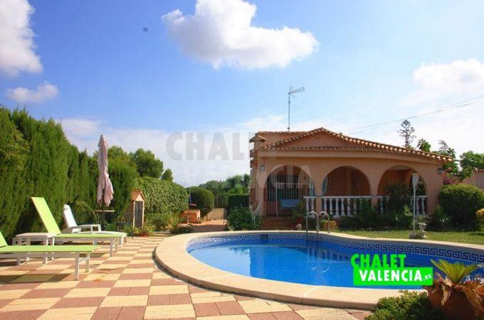 39068-0670-chalet-valencia