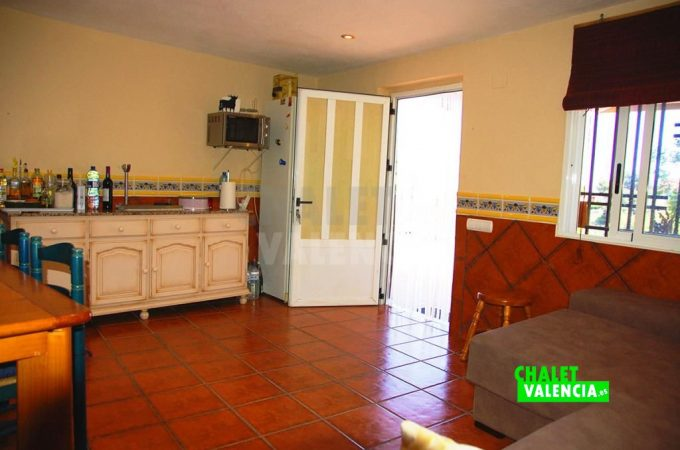 39212-8799-chalet-valencia