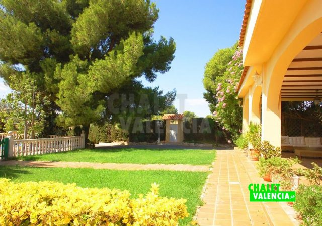 39374-0821-chalet-valencia