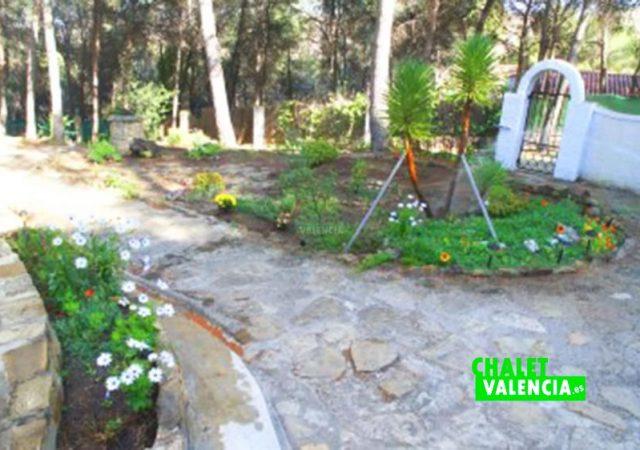 39425-jardin-juegos-chalet-valencia