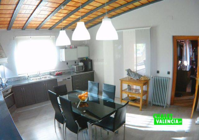39576-cocina-1-chalet-valencia
