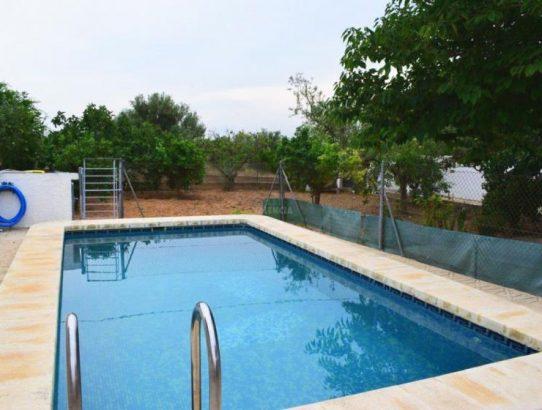 Chalet junto Lliria con piscina muy barato