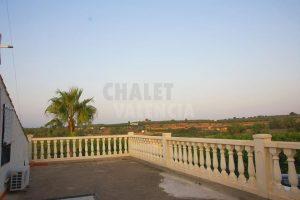 Chalet en Pedralba con energía solar