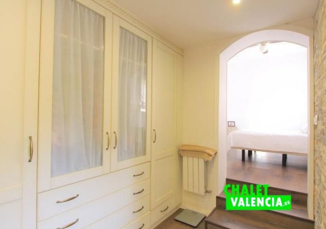 39799-vestidor-chalet-valencia