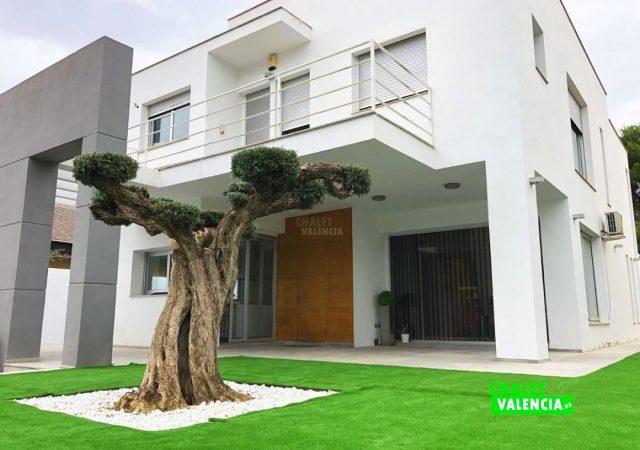 39998-entrada-chalet-valencia