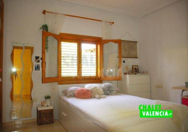 40023-1427-chalet-valencia