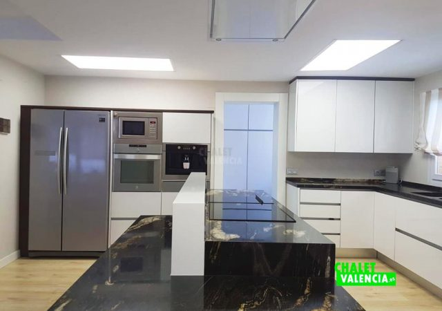 40287-cocina-5-maravisa-chalet-valencia