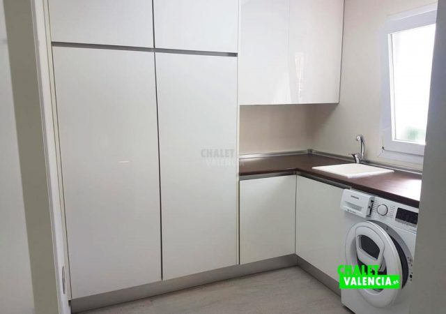 40287-cocina-lavadero-3-maravisa-chalet-valencia