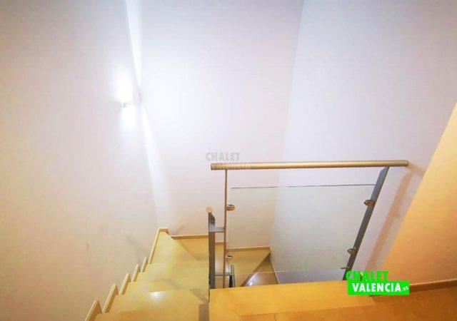 40451-escaleras-2-calicanto-chalet-valencia