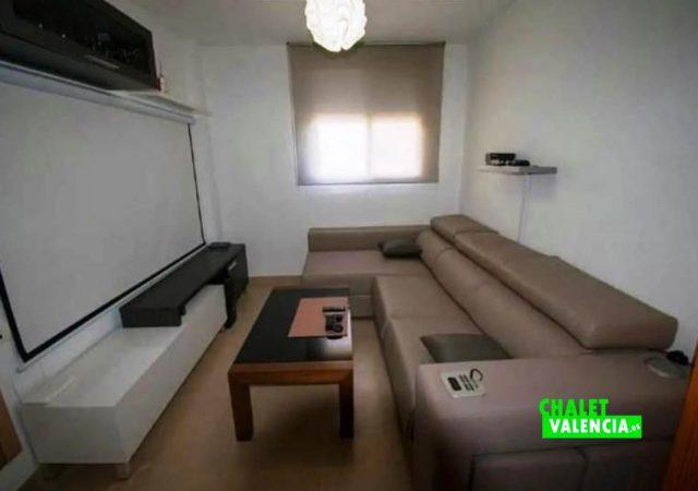 40451-salon-tv-proyector-chalet-valencia