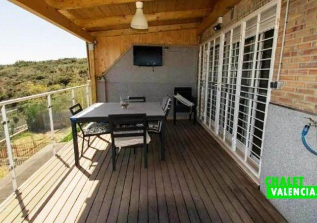 40451-terraza-relax-chalet-valencia