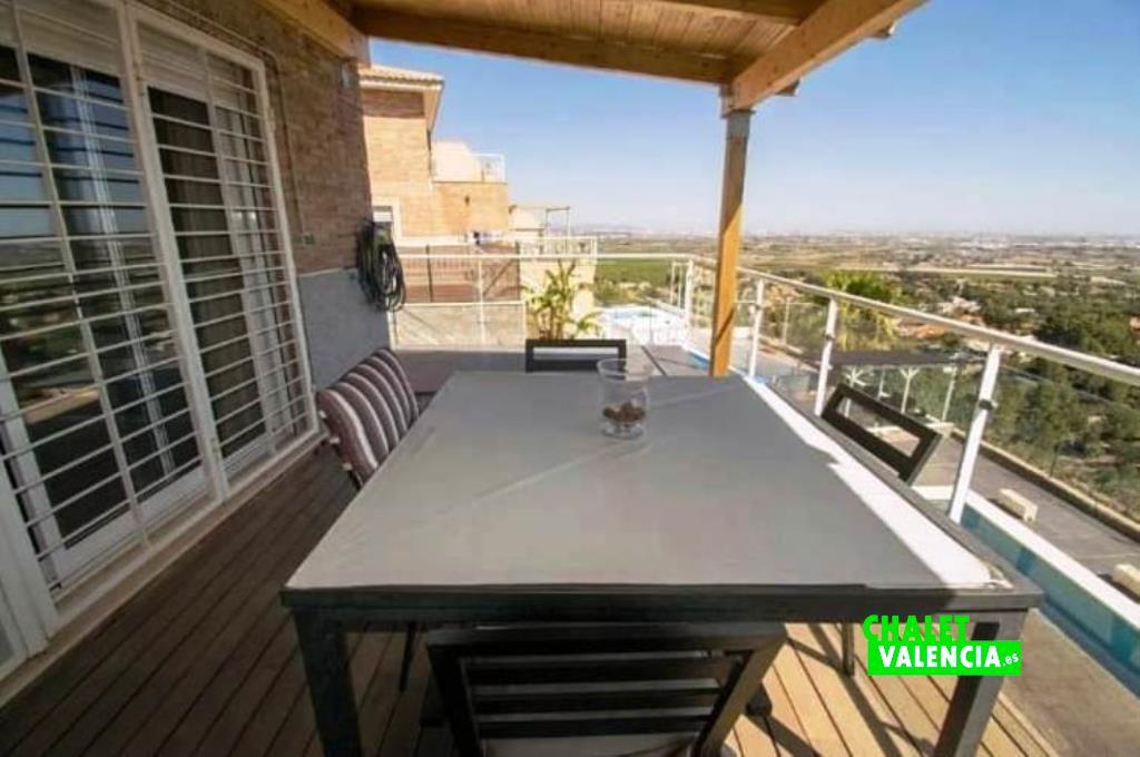 40451-terraza-vistas-chalet-valencia