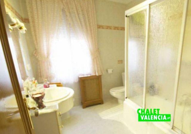 40526-bano-1-chalet-valencia