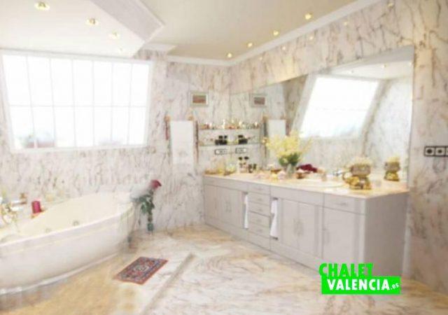 40526-bano-2-chalet-valencia