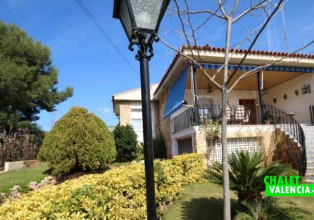 40526-jardin-11-chalet-valencia