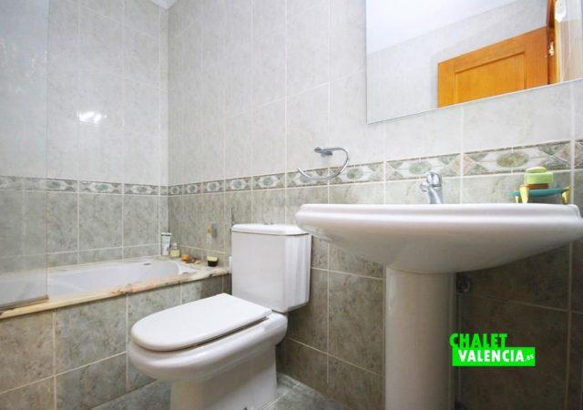 40591-bano-2b-chalet-valencia