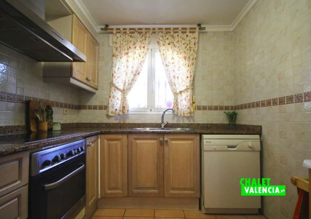 40591-cocina-2-chalet-valencia