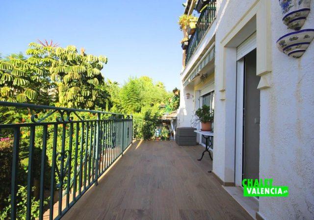 40591-terraza-balcon-chalet-valencia