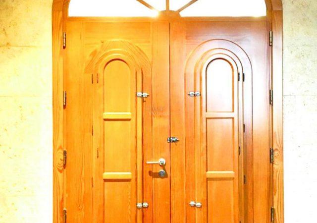 40629-detalle-puertas-madera-chalet-valencia