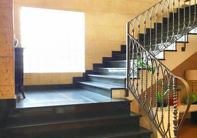 40629-escaleras-2-chalet-valencia