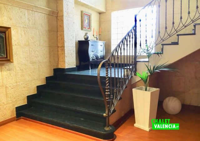 40629-escaleras-chalet-valencia