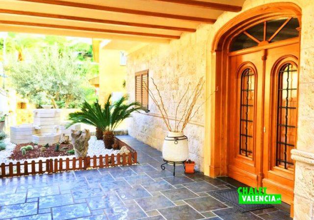 40629-fachada-entrada-chalet-valencia