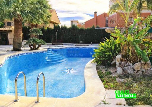 40629-piscina-grande-chalet-valencia