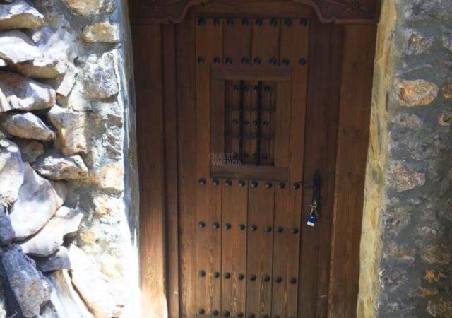 40629-sotano-entrada-jardin-chalet-valencia