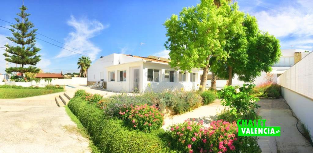 40759-jardin-2-chalet-valencia