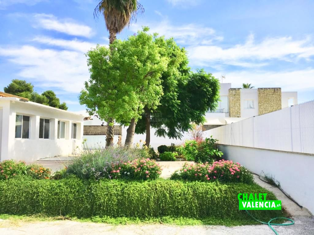 40759-jardin-chalet-valencia