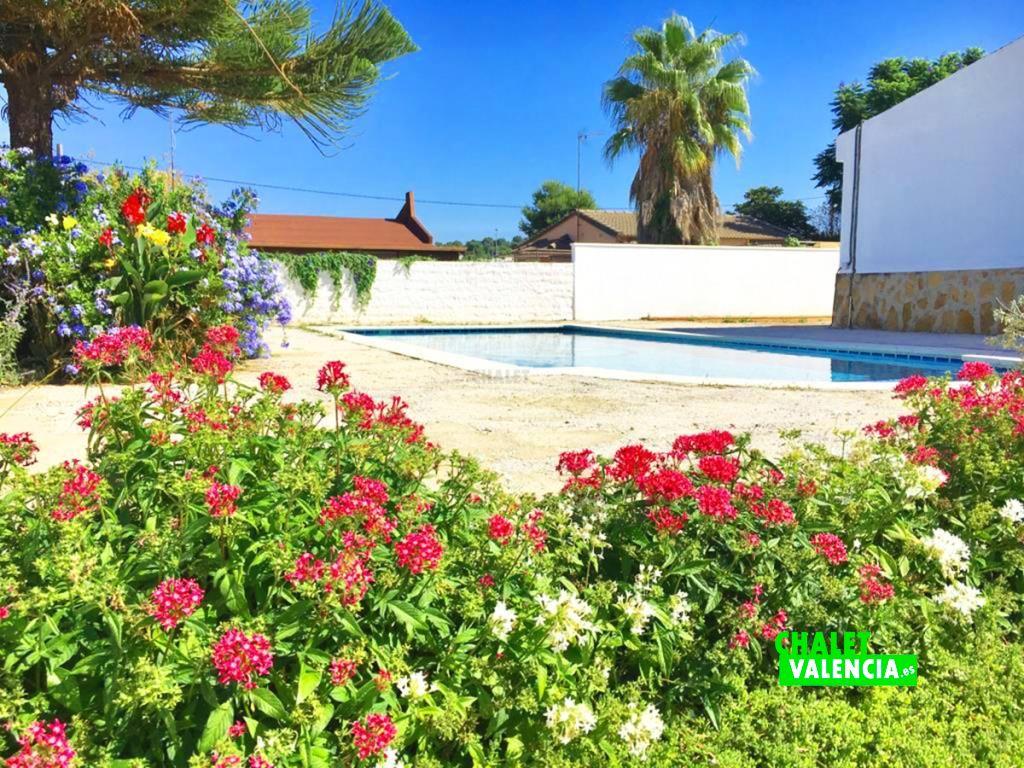 40759-piscina-chalet-valencia