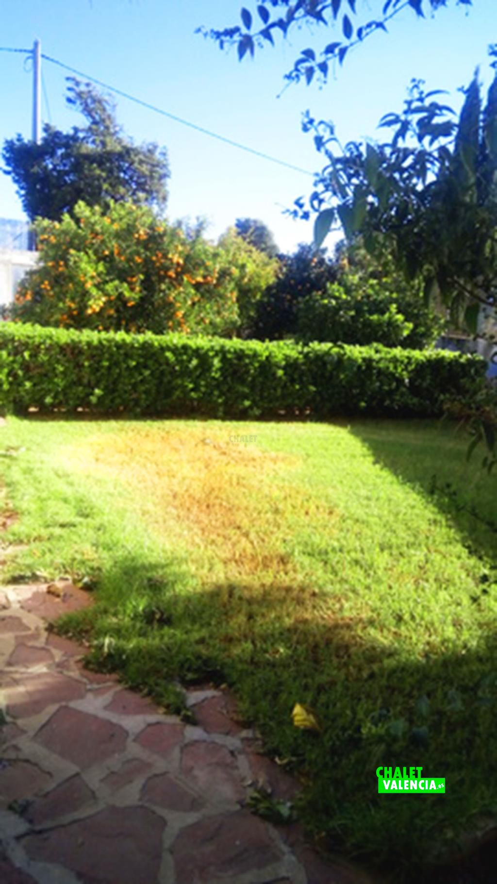 41089-jardin-chalet-valencia