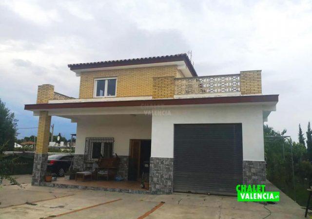 41141-entrada-casa-lliria-chalet-valencia