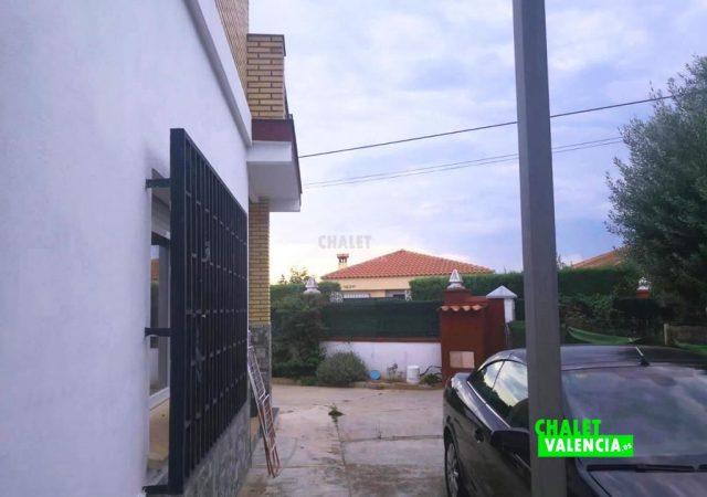 41141-exterior-entrada-lliria-chalet-valencia