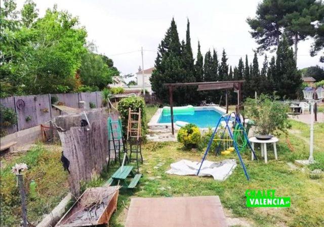 41242-piscina-jardin-liria-chalet-valencia