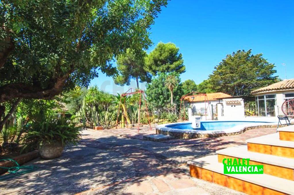 41282-jardin-piscina-2-chalet-valencia
