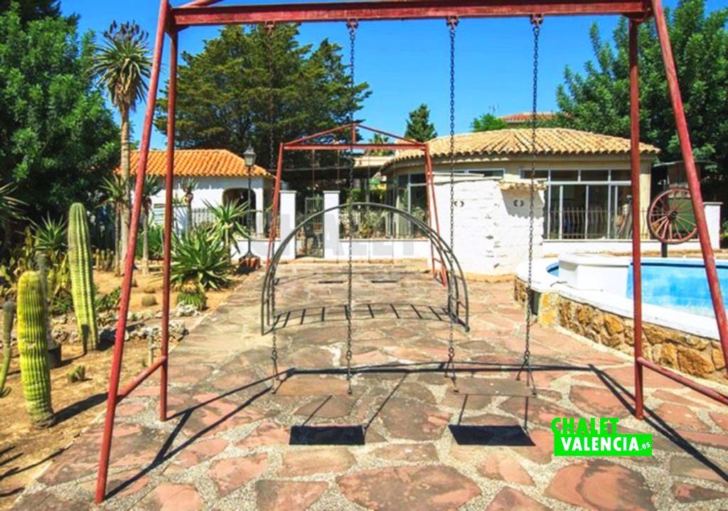 41282-jardin-piscina-chalet-valencia