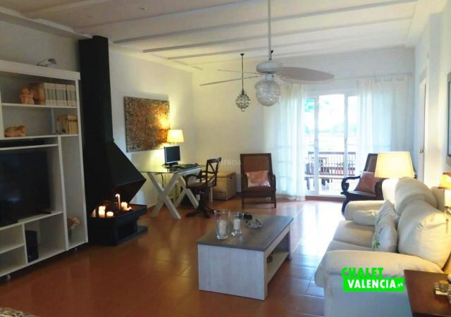 41309-salon-tv-chalet-valencia