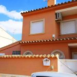 Semi detached house with pool in Maravisa