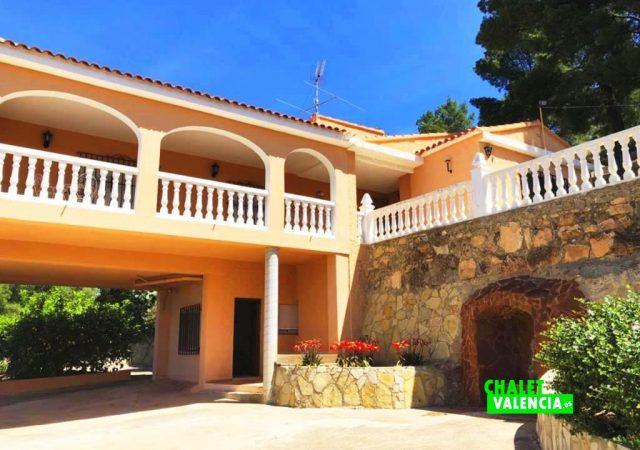 41403-patio-exterior-chalet-valencia
