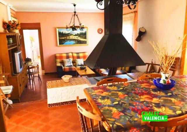 41403-salon-comedor-chimenea-chalet-valencia