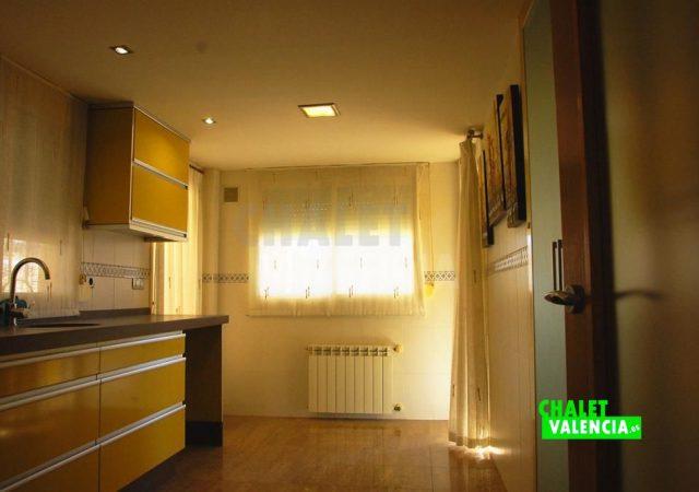 41549-2106-chalet-valencia