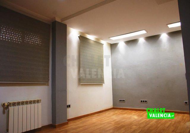 41549-2111-chalet-valencia