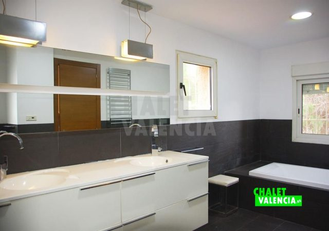 41640-2220-chalet-valencia